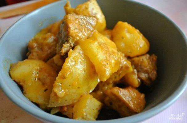 Жаркое со свининой и картошкой