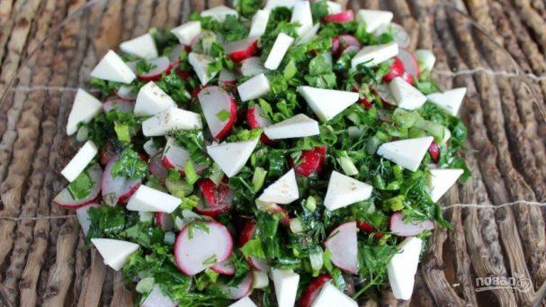 Свежий салат с плавленым сырком