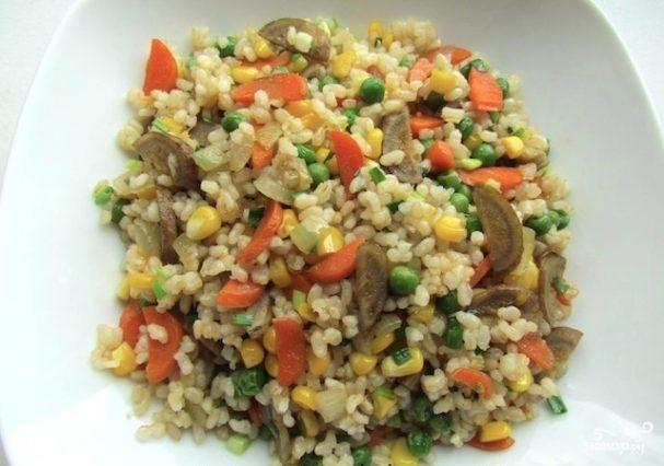 Рис жареный с овощами