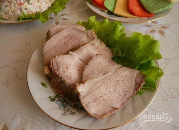Вареная свинина со специями