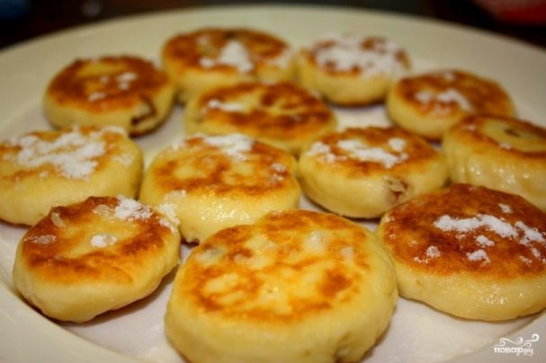 Сырники с изюмом (без яиц)