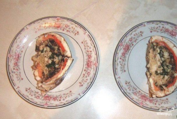 Судак, фаршированный грибами