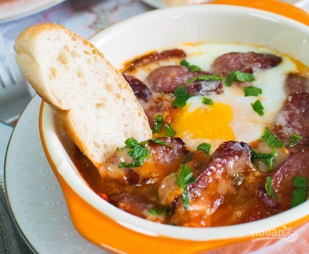 Запеченные яйца по-тоскански