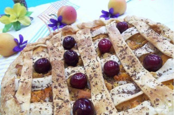 Абрикосовый пирог с ванилью