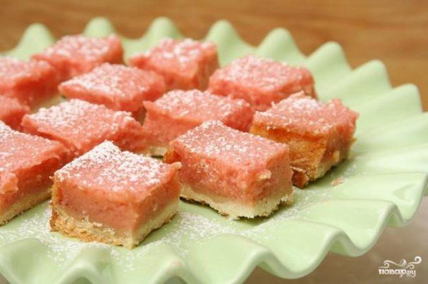 Лимонно-клубничные пирожные
