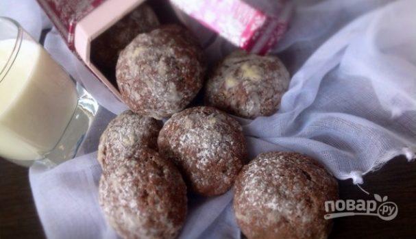 Шоколадное печенье с арахисовым центром