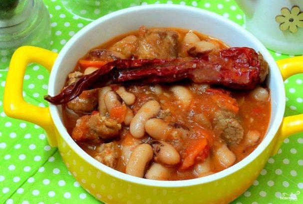 Томатный соус со свининой
