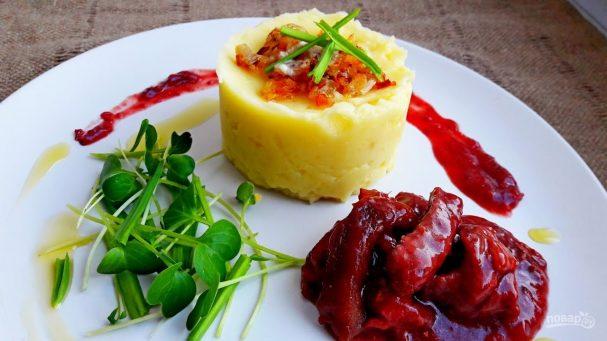 Мясо в вишневом соусе