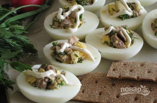 Яйца с печенью трески