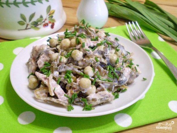 Диетический салат из морской капусты