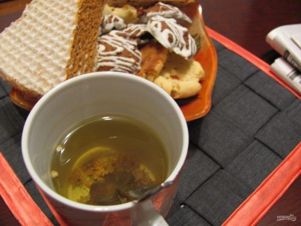 Зеленый чай с липой