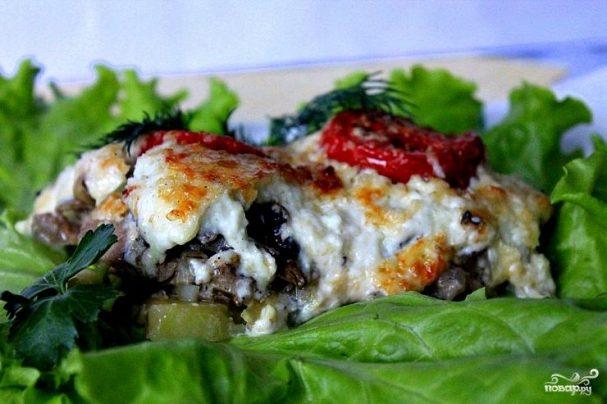 Мясо по-французски с грибами и сыром