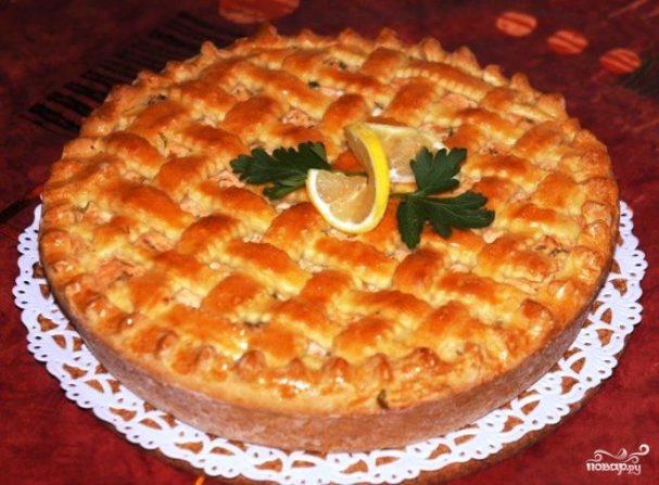 Рыбный пирог с творожным сыром