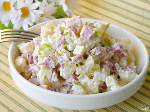 Салат с картошкой и сыром