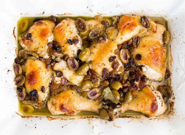 Курица с оливками по-испански