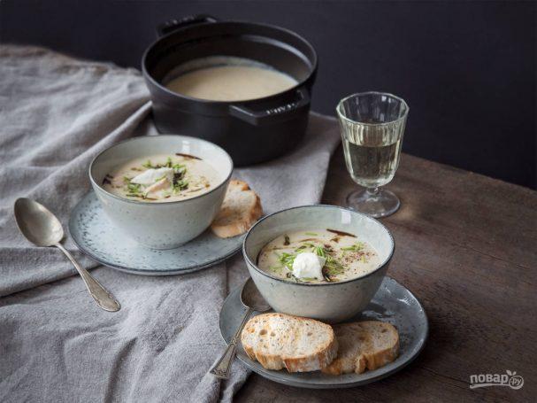 Суп из лосося и сельдерея