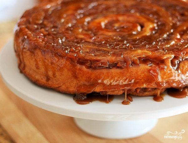 Сладкий пирог из дрожжевого теста