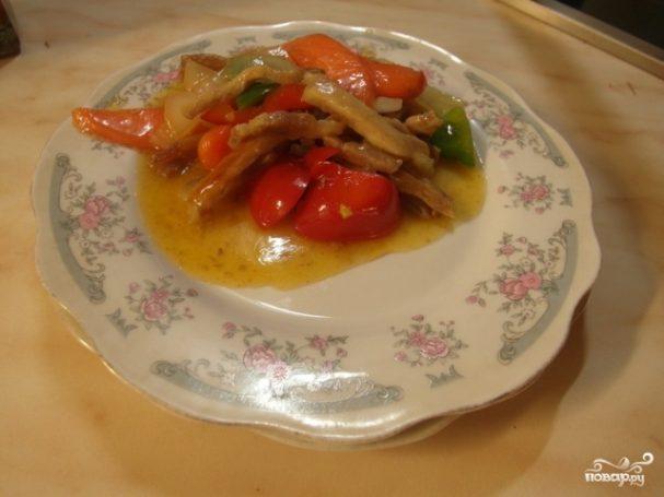 Свинина в кисло-сладком соусе с овощами