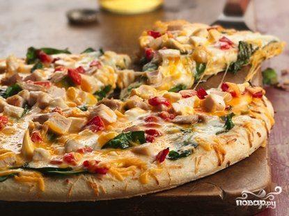 Пицца с креветками и курицей