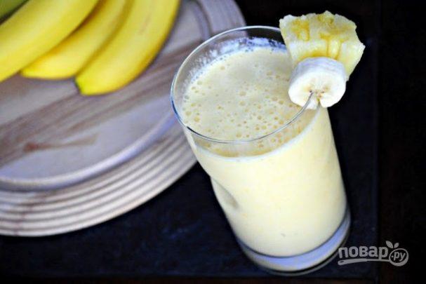 Бананово-манговый смузи