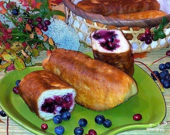Пирожки с черникой на сковороде