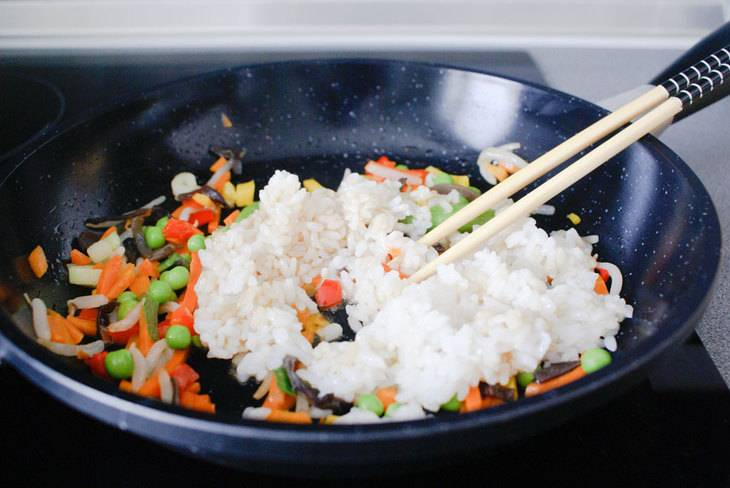 Омлет с рисом по-японски - пошаговый рецепт с фото на