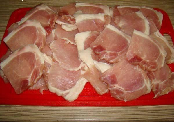 Свинина в сметанном соусе - пошаговый рецепт с фото на