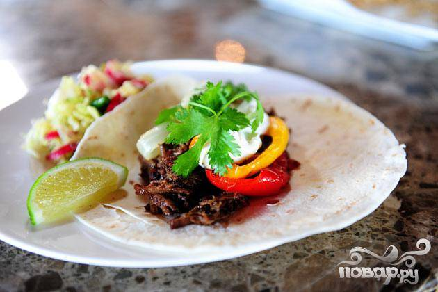Тортильяс с говядиной, перцем и луком - пошаговый рецепт