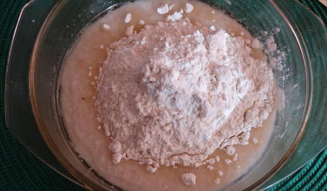 Дрожжевое тесто на кефире для пирожков - пошаговый рецепт