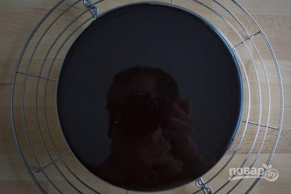 Шоколадный муссовый торт с зеркальной глазурью