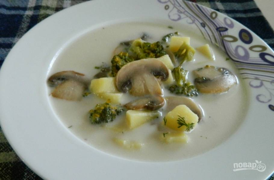 Сырный суп с шампиньонами и брокколи - пошаговый рецепт