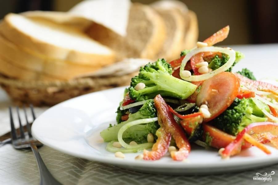 Салат из капусты брокколи
