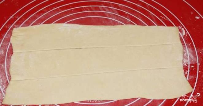 Рулет из индейки в слоеном тесте - пошаговый рецепт