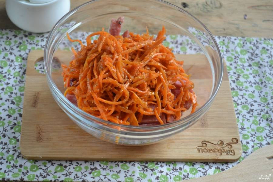 Салат с морковкой и колбасой - пошаговый рецепт с фото на