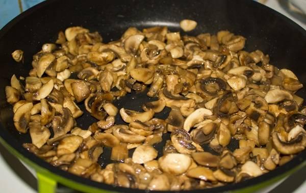 Мясо по-французски с грибами - пошаговый рецепт