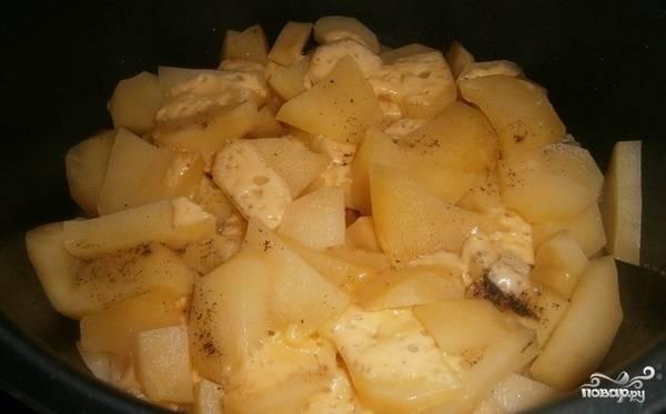Картошка со свининой и сыром в мультиварке - пошаговый рецепт