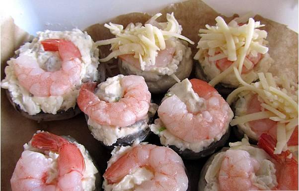 Грибы, фаршированные креветками - пошаговый рецепт