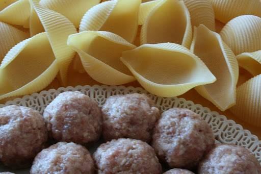 Макароны, фаршированные фаршем - пошаговый рецепт