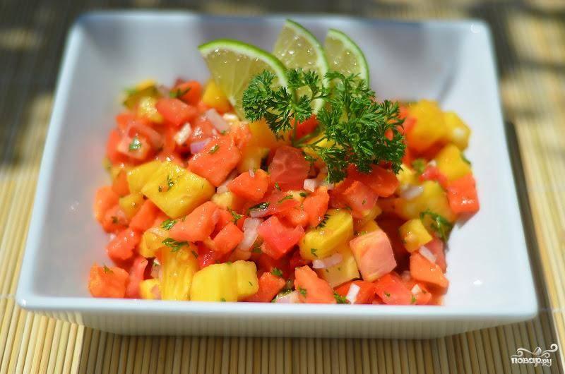 Сальса из ананаса и папайи