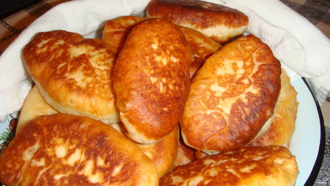 Пирожки без дрожжей на сковороде