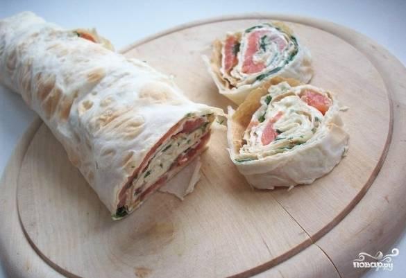 Лаваш с красной рыбой и сыром - пошаговый рецепт с фото на