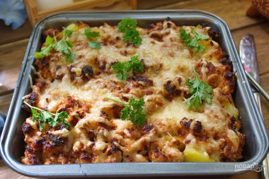 Блюдо получается довольно сытное и прекрасно подойдет для обеда или ужина для всей семьи.