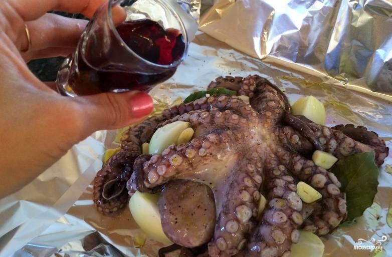 Осьминоги в вине - пошаговый рецепт