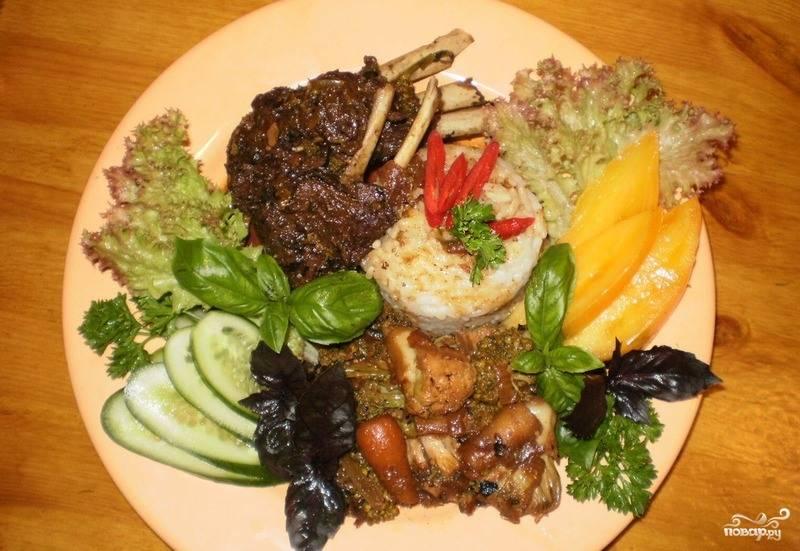 Ребрышки с овощами тушеные