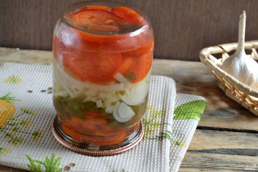 Закуска из помидоров с луком на зиму - пошаговый рецепт