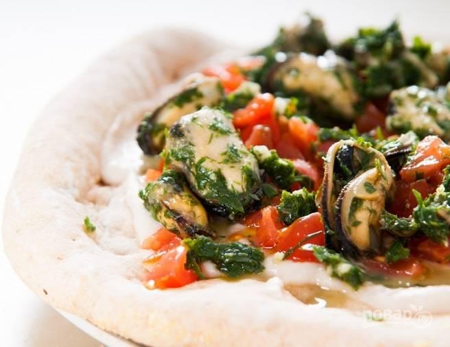 Пицца с мидиями - пошаговый рецепт с фото на