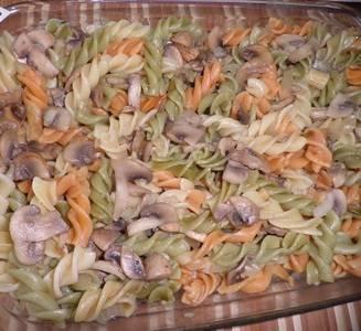 Макароны с фаршем и грибами - пошаговый рецепт
