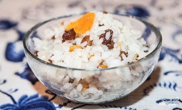 Кутья из риса с изюмом