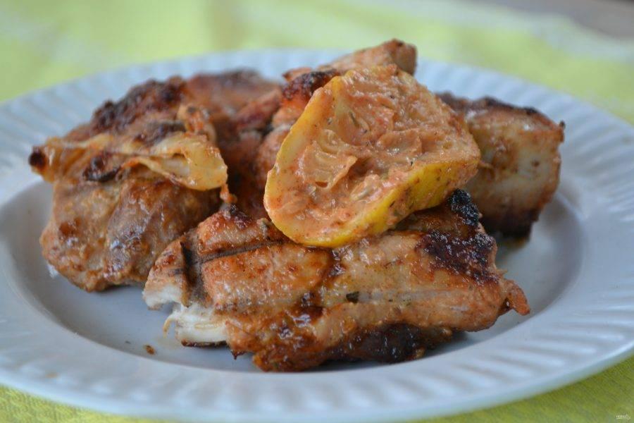 8. Если вы замаринуете мясо по этому рецепту, то уже никогда не будете мариновать его другим способом. Удивительное сочетание всех ингредиентов делает мясо ароматным и невероятно вкусным.