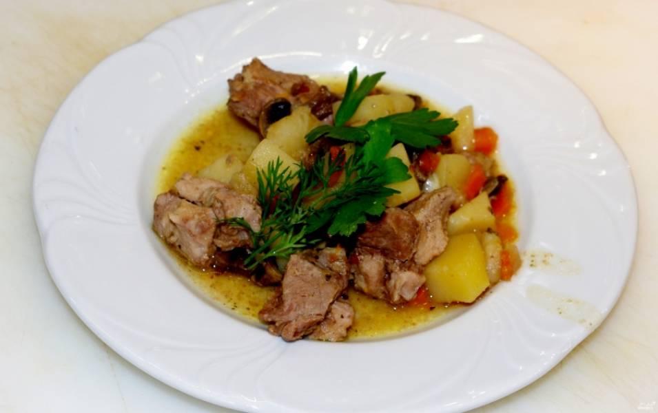 Жаркое со свининой и картошкой в мультиварке - пошаговый рецепт